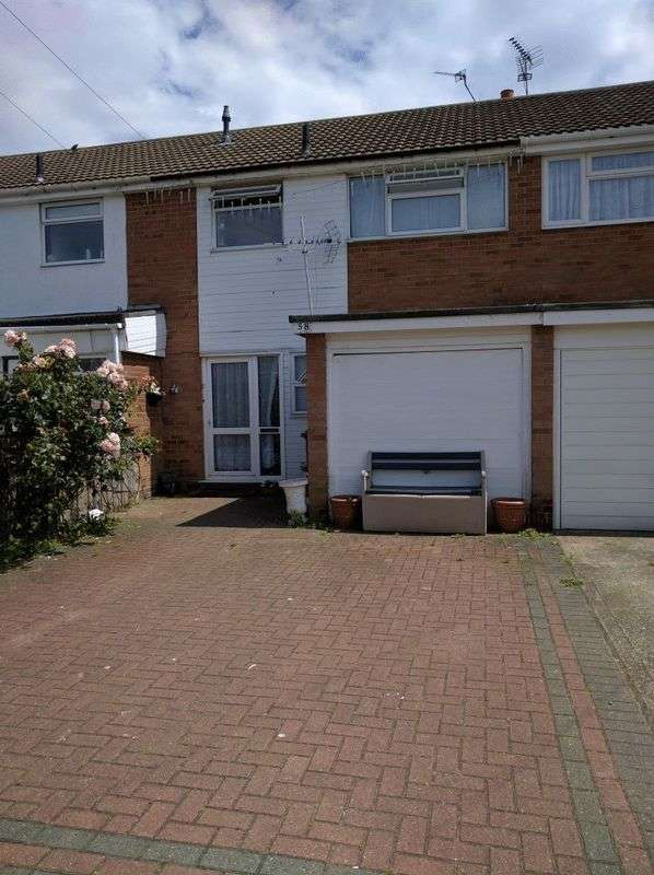 4 Bedrooms Terraced House for sale in Knox Road, Clacton-On-Sea