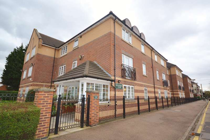 1 Bedroom Retirement Property for sale in Betjeman Court, 50 Cockfosters Road, Cockfosters, Hertfordshire, EN4