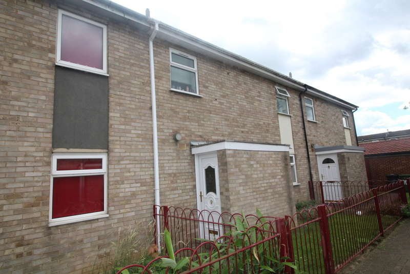 2 Bedrooms Terraced House for sale in Belvoir Way, Peterborough, Cambs