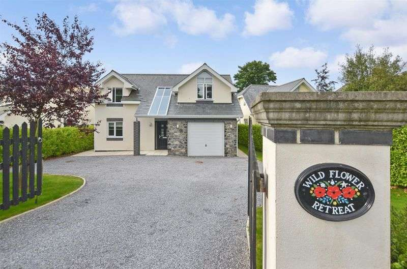 4 Bedrooms Detached House for sale in Higher Warborough Road, Galmpton, Brixham