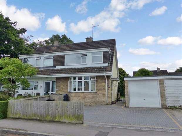 3 Bedrooms Semi Detached House for sale in St. Andrews Road, Warminster