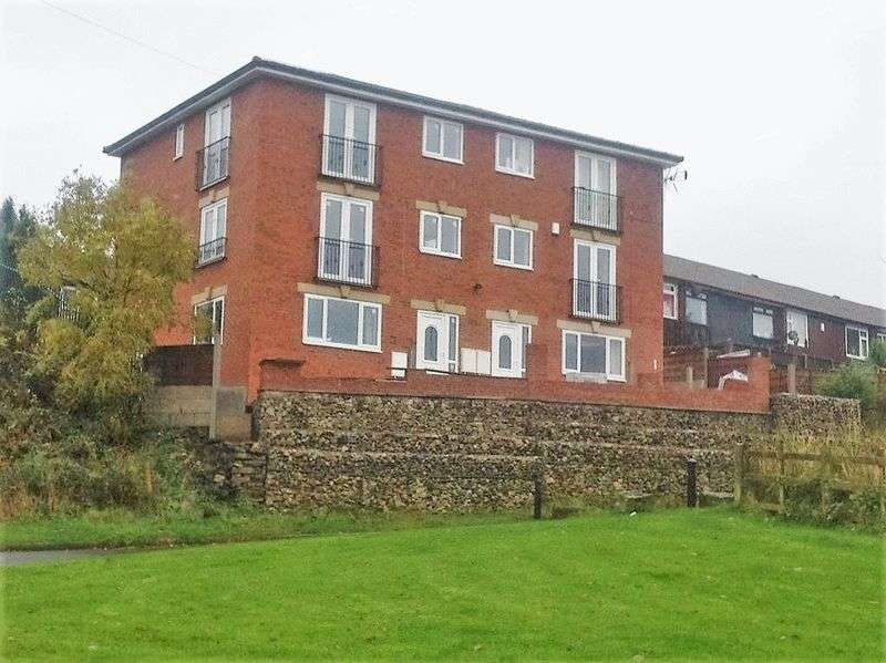 5 Bedrooms Semi Detached House for sale in Buckley Lane, Smallbridge, Rochdale.