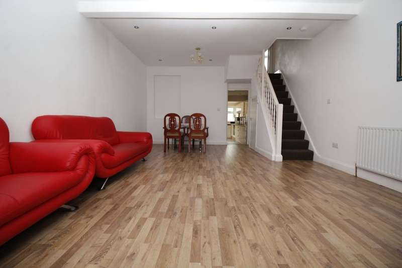 5 Bedrooms Property for sale in Belgrave Road, E13