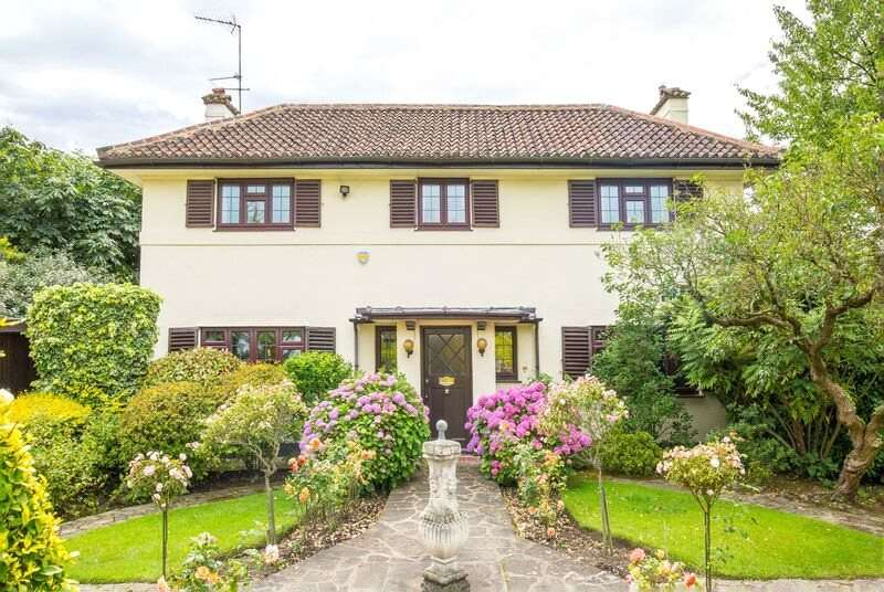 4 Bedrooms Detached House for sale in Cranbourne Gardens, Golders Green, London, NW11