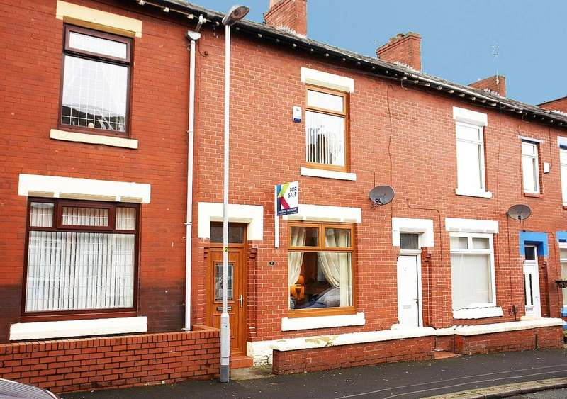 2 Bedrooms Terraced House for sale in 8 Montgomery Street, Hollinwood