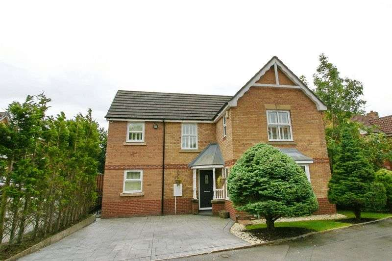 4 Bedrooms Detached House for sale in Highclove Lane, Boothstown Worsley