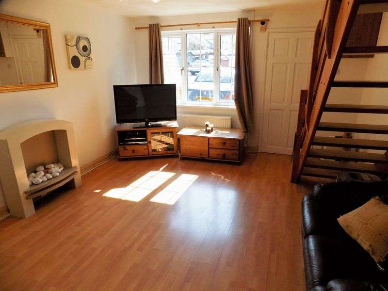 2 Bedrooms Terraced House for sale in Two bedroom mid-link house