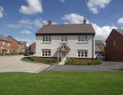 5 Bedrooms Detached House for sale in Dales View, Luke Lane, Brailsford, Derbyshire