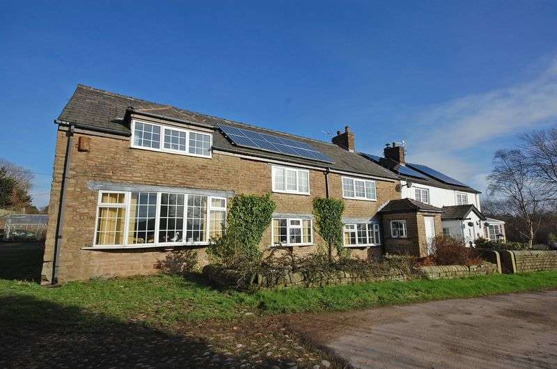 4 Bedrooms Semi Detached House for sale in Mottram Road, Hyde