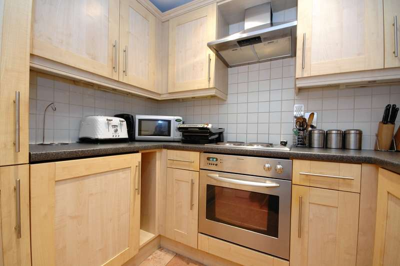 2 Bedrooms Flat for sale in Pudding Chare, Newcastle upon Tyne, Tyne and Wear, NE1