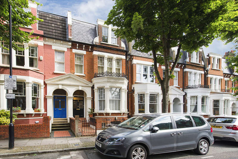 5 Bedrooms Terraced House for sale in Sotheby Road N5 2UP