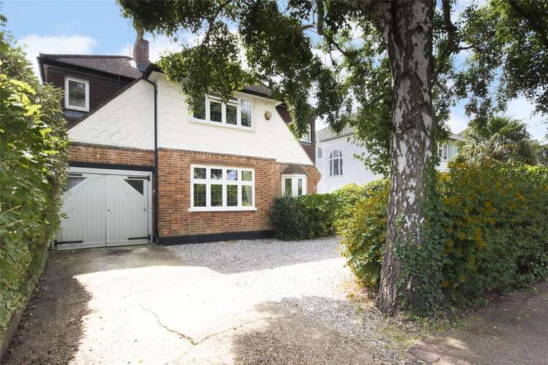 4 Bedrooms Detached House for sale in The Woodlands, Esher, Surrey, KT10