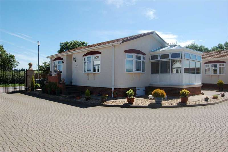 2 Bedrooms Park Home Mobile Home for sale in Counrty View Park, Normanton on Cliffe