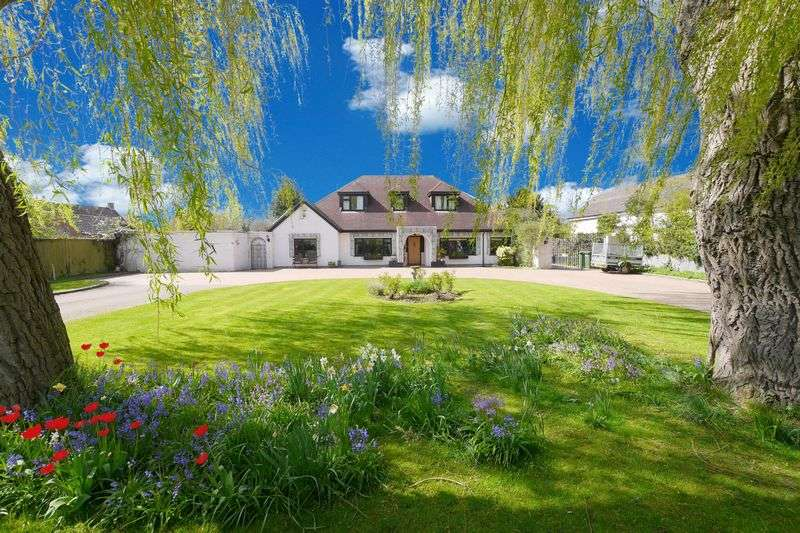 5 Bedrooms Detached House for sale in WARBOROUGH