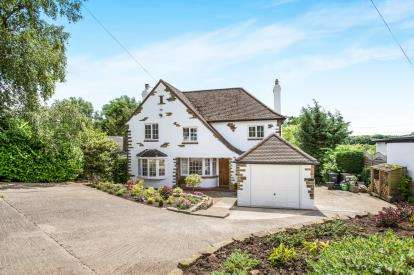 3 Bedrooms Detached House for sale in York Road, Knaresborough, North Yorkshire, .