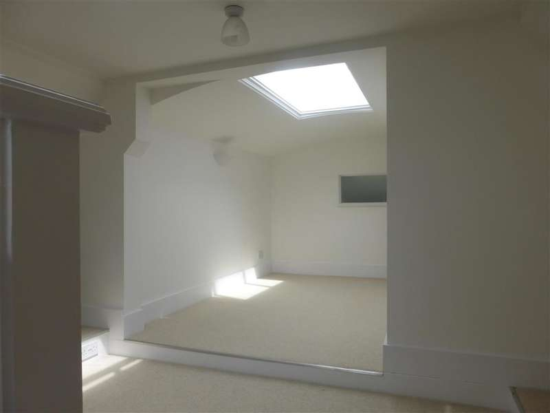 3 Bedrooms Apartment Flat for sale in Pegwell Road, Ramsgate, Kent