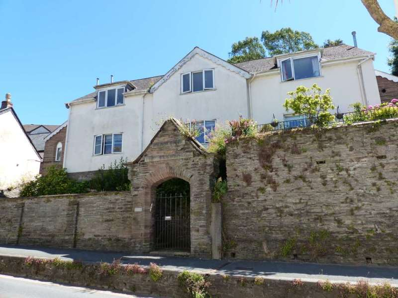 2 Bedrooms Apartment Flat for sale in Hill Park, Kingsbridge
