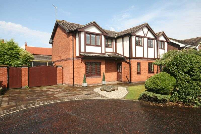 4 Bedrooms Detached House for sale in Thorneycroft Close, Carleton