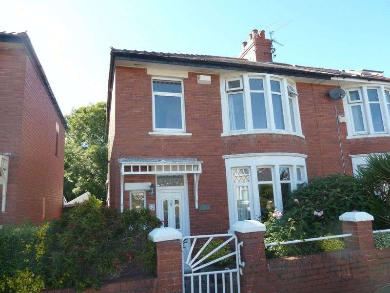 3 Bedrooms Semi Detached House for sale in Oxford Street, Barry