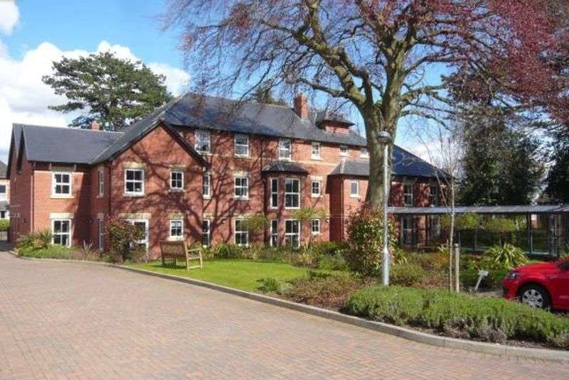 1 Bedroom Flat for sale in Wilton Court ,Southbank Road, Kenilworth: One bed second floor Assisted Living retirement apartment