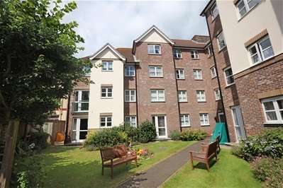 2 Bedrooms Property for sale in Colin Road, Preston, Paignton