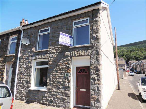 3 Bedrooms End Of Terrace House for sale in John Street, Pentre, Pentre