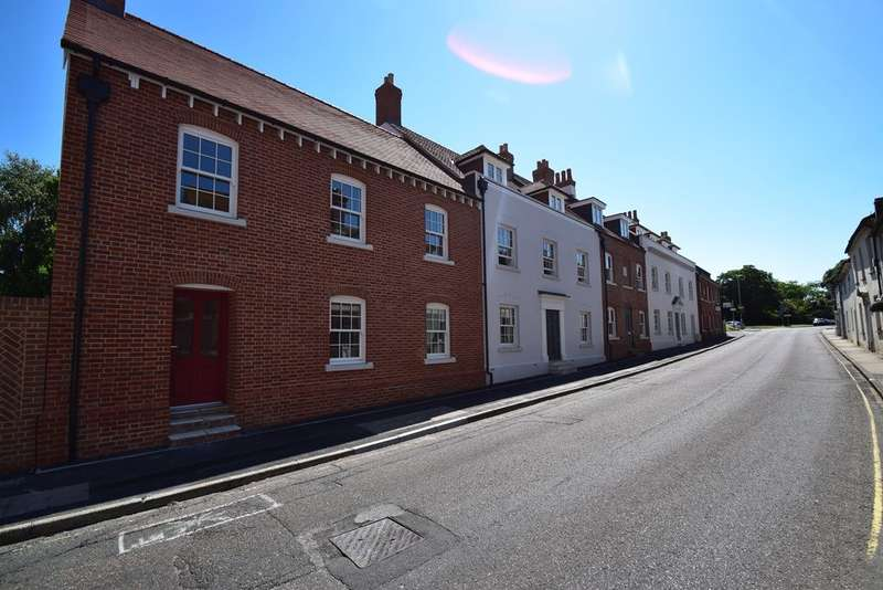 1 Bedroom Flat for sale in Wareham