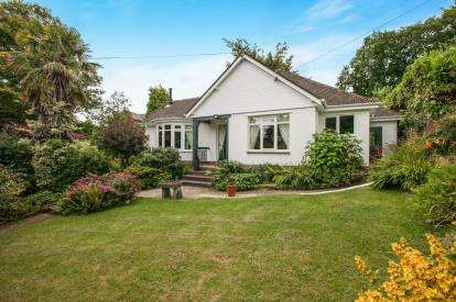 4 Bedrooms Detached House for sale in Sidmouth, Devon