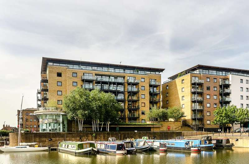 3 Bedrooms Flat for sale in Branch Road, Limehouse, E14