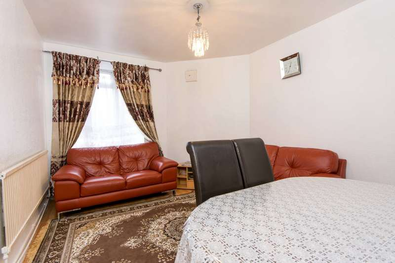 2 Bedrooms Flat for sale in White City, White City, W12