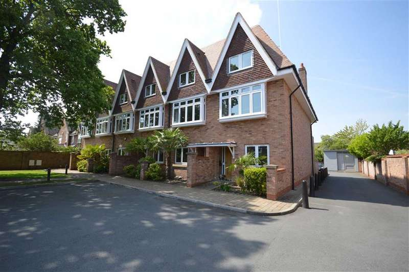 4 Bedrooms Property for sale in Pownall Place, BRAMHALL LANE SOUTH, Bramhall, Stockport, Cheshire, SK7