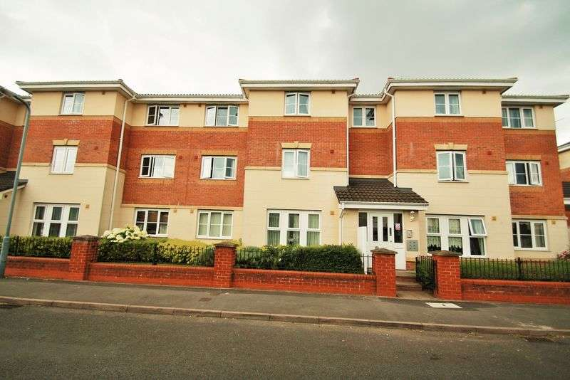 2 Bedrooms Flat for sale in Brookside, Wednesbury