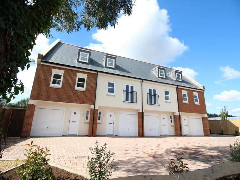 3 Bedrooms Property for sale in Bluecroft, Shripney Road, Bognor Regis, PO22