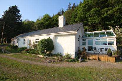 3 Bedrooms Detached House for sale in Maenan, Llanrwst, Conwy, LL26