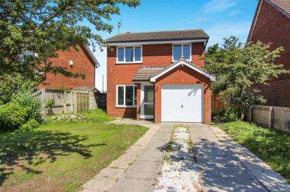 4 Bedrooms Detached House for sale in Highbury Road East, Lytham St. Annes, Lancashire, England, FY8