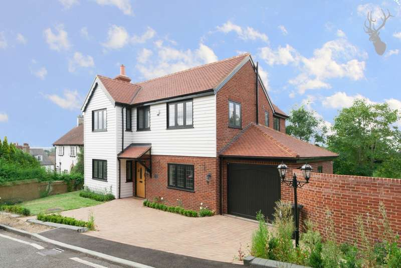 4 Bedrooms House for sale in Pump Hill, Loughton, IG10
