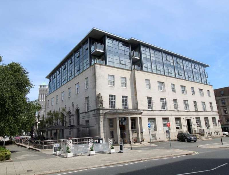 2 Bedrooms Flat for sale in Princess Street, Plymouth, PL1