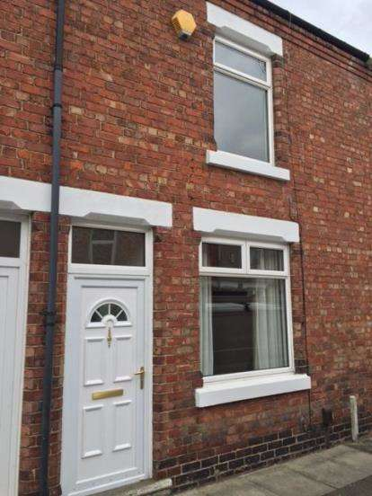 2 Bedrooms Terraced House for sale in Rosebery Street, Darlington, Durham