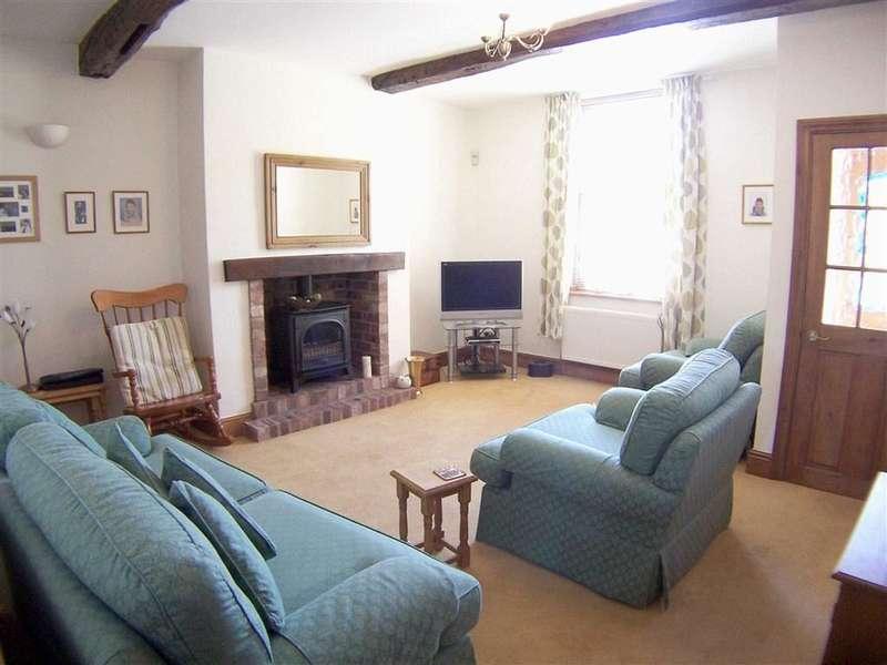 3 Bedrooms Property for sale in Furbarn Lane, Norden, Rochdale, Lancashire, OL11