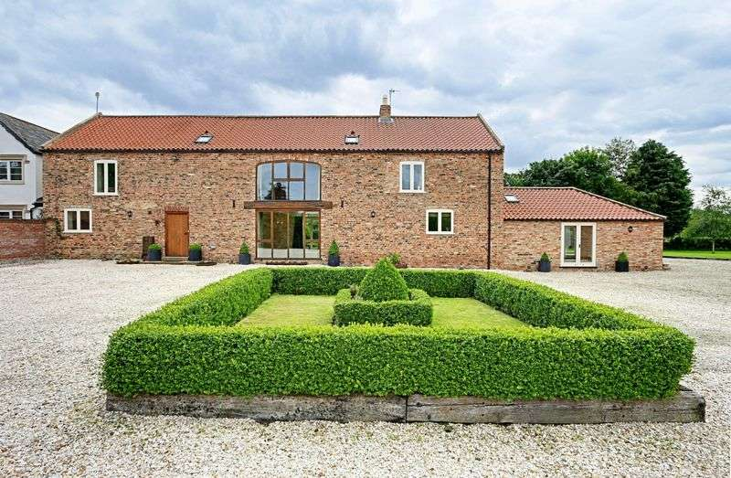 4 Bedrooms Detached House for sale in Everingham, York