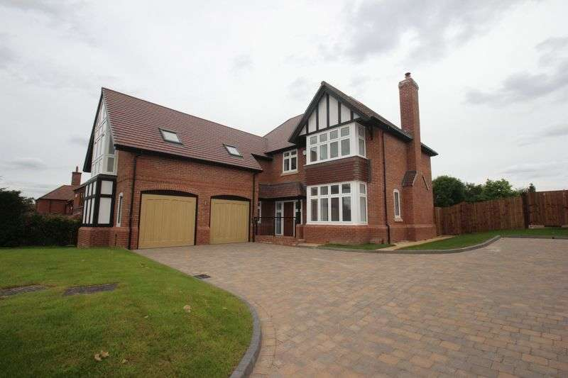 5 Bedrooms Detached House for sale in Uphill, Sambourne Lane, Astwood Bank, Redditch