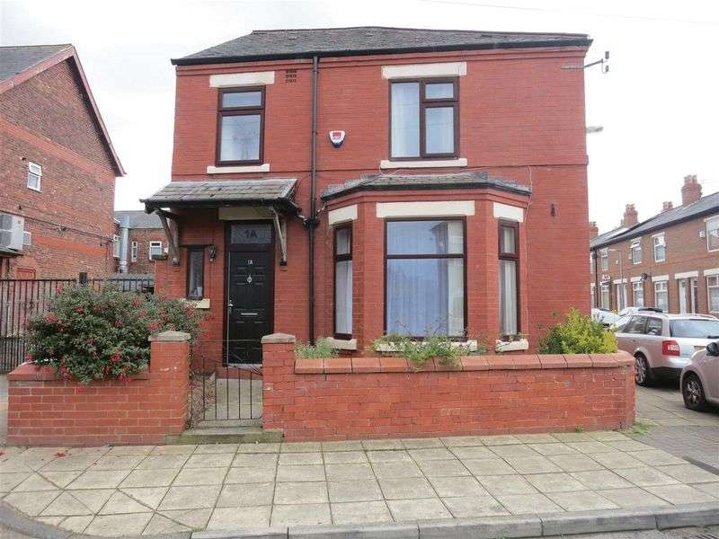 3 Bedrooms Detached House for sale in Burnfield Road, Stockport