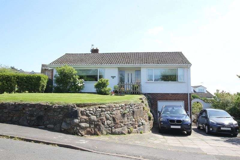 2 Bedrooms Detached Bungalow for sale in Delavor Road, Heswall, Wirral