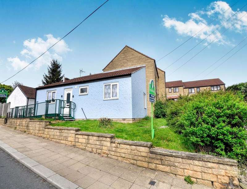2 Bedrooms Semi Detached Bungalow for sale in Wentworth Road, Thorpe Hesley, Rotherham, S61