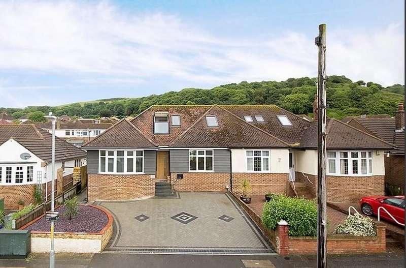 4 Bedrooms Semi Detached House for sale in Wear Bay Road, Folkestone