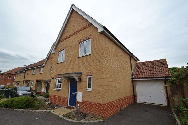 3 Bedrooms Detached House for sale in Dagenham