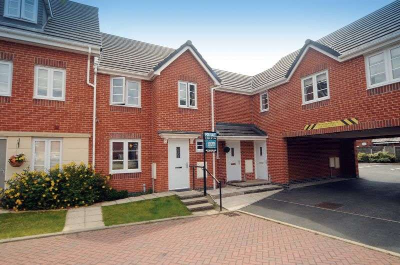 4 Bedrooms House for sale in Phoenix Place, Warrington