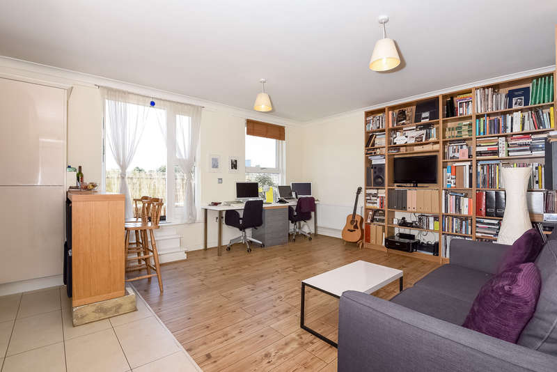 1 Bedroom Flat for sale in Bickleigh House, N15