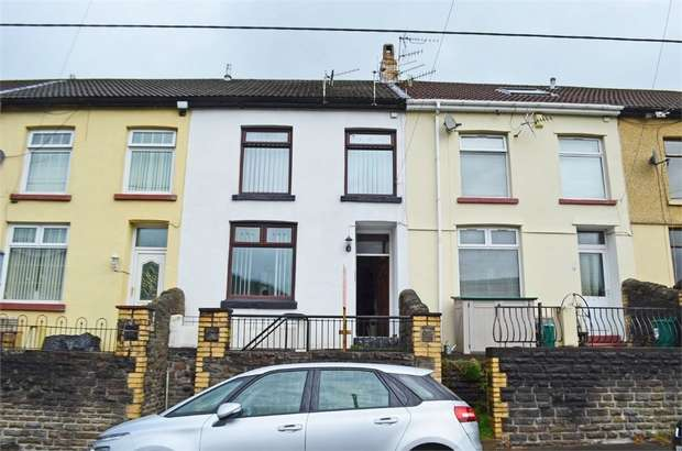 2 Bedrooms Terraced House for sale in Evans Terrace, Blaenclydach, Tonypandy, Mid Glamorgan
