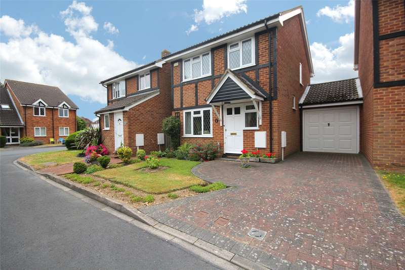 3 Bedrooms Link Detached House for sale in Wakefield Close, Byfleet, Surrey, KT14